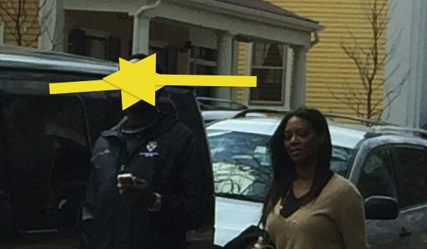 [Photo] Kenya Moore's Mystery Boyfriend Revealed?