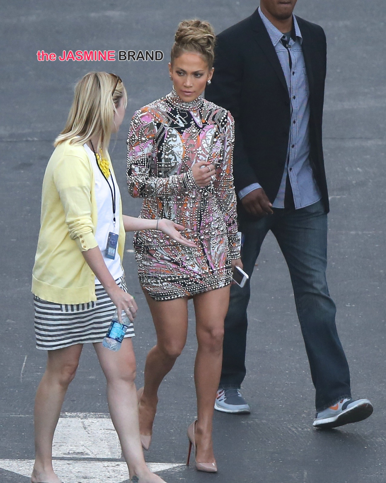 Jennifer Lopez wears a beaded dress as she arrives at the 'American Idol' studio