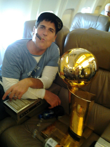 Mark Cuban Admits He's Prejudiced, Apologizes to Trayvon Martin's Family For 'Black kid in a hoodie' Remark