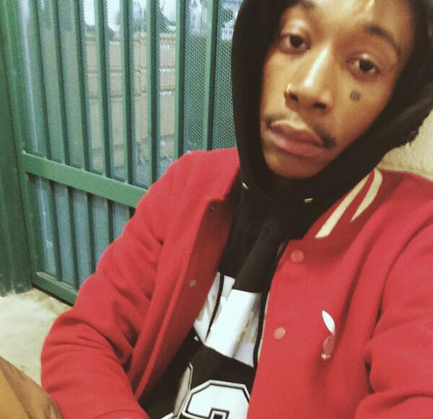 [Photos] Wiz Khalifa Tweets Jail Selfie After Weed Arrest