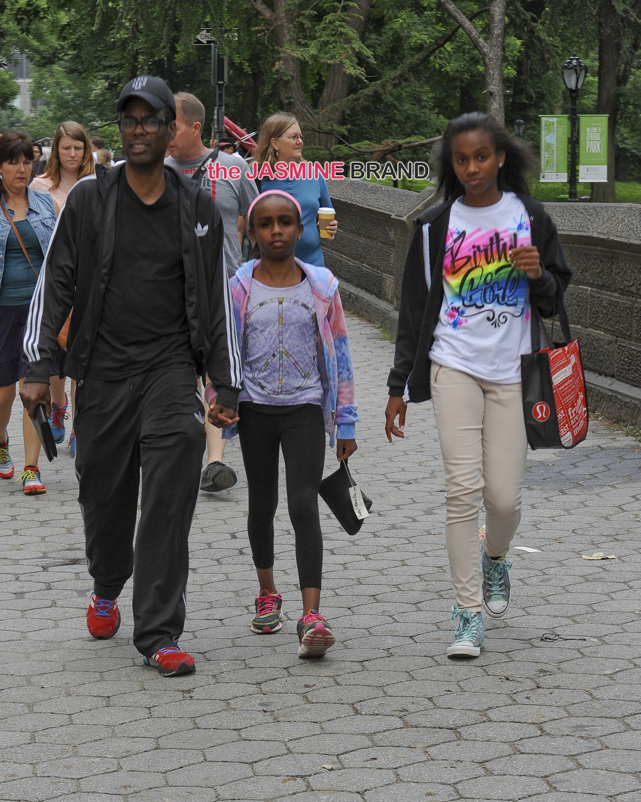 Chris Rock, Lola Rock, and Zahra Rock enjoy a Central Park stroll together in New York City