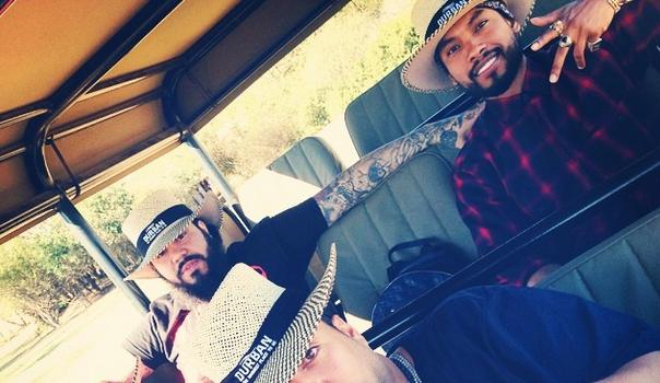 [Photos] Khloe Kardashian, French Montana & Miguel Visit South Africa