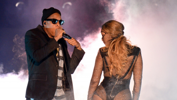 [WATCH] Beyonce & Jay Z Reveal Delivery Room & Wedding Footage For 'On The Run' Fans + An Adorable Kelly Rowland Spotted