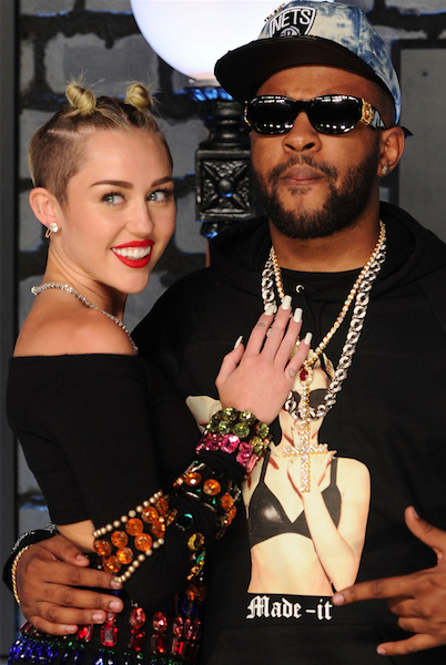 [New Cup Cakin' Alert] Miley Cyrus Secretly Dating Producer 'Mike Will Made It'