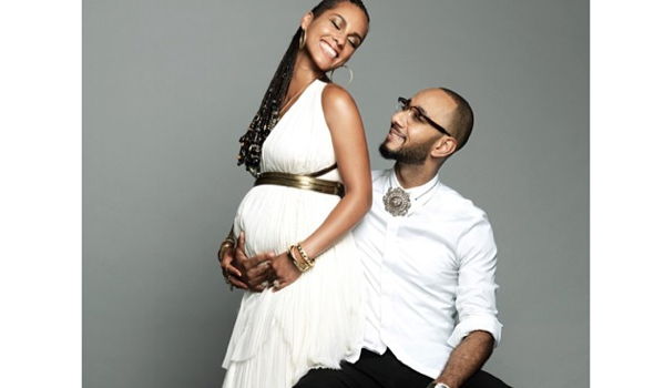 Ovary Hustlin': Alicia Keys Pregnant With Second Child, Reveals Baby Bump