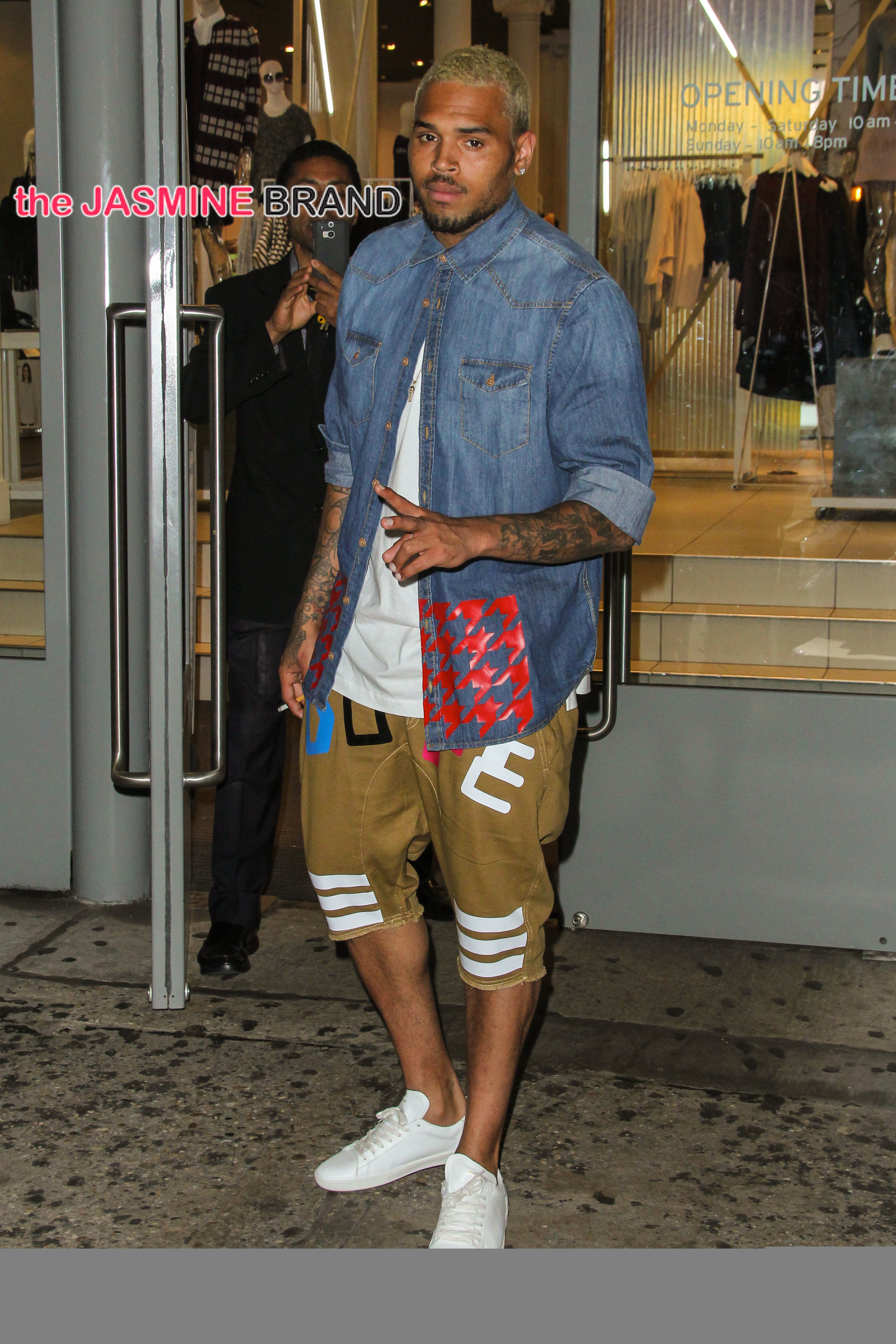 Chris Brown Seen Shopping After Hours