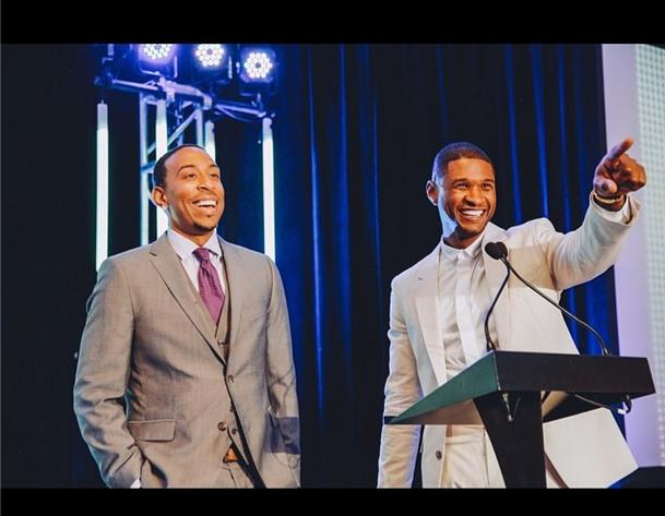 [Photos] Usher's 'New Look' Celebrates 15th Anniversary