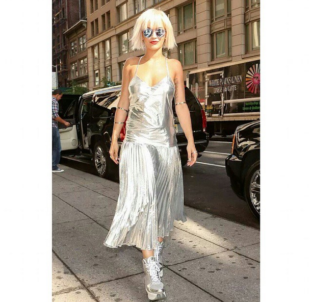 Celeb Fashion Stalking: Rita Ora, J.Lo, Ciara, Abigail Spencer, Kelly Osbourne
