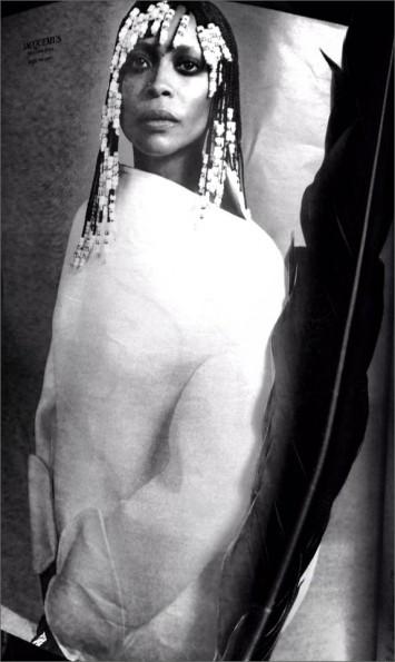 beads-erykah badu in style magazine 2014-the jasmine brand