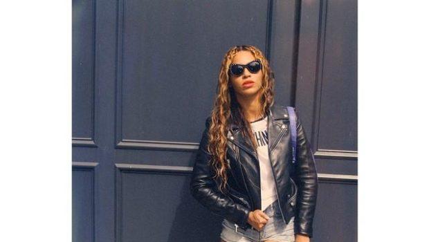 Celebrity Outfits of the Week: Nicki Minaj, Beyonce, Angela Simmons, Justin Bieber & Ashanti