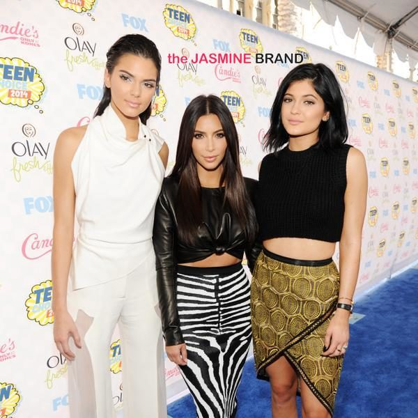 Teen Choice Awards 2014: Blue Carpet Pix + Full Winner List!