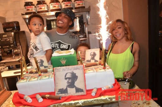 Rapper T.I. Celebrates B-Day With Tiny, Usher, Young Jeezy & Nelly