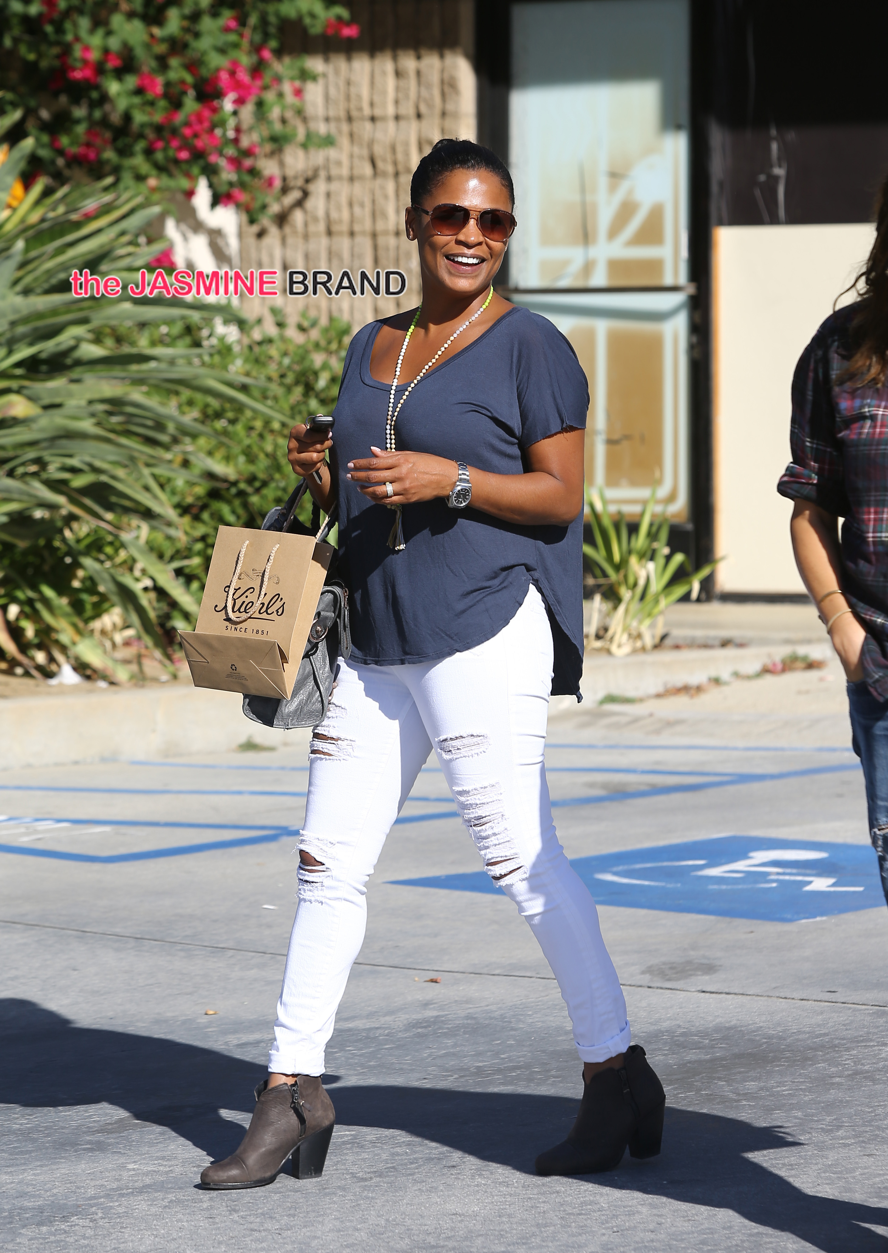 Nia Long seen chatting to her friend while she was out for some sushi in Studio City, CA