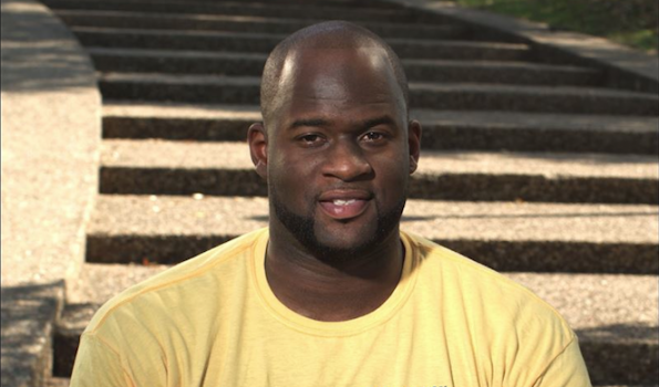 [EXCLUSIVE] NFL Star Vince Young Accused of $240K Breach of Contract