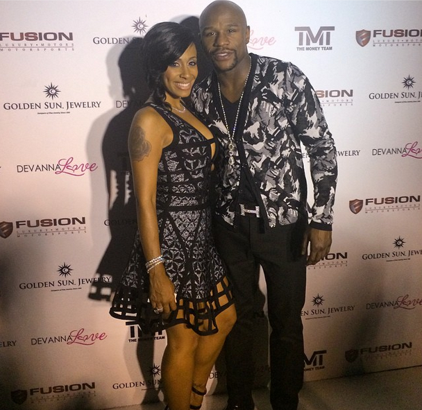 [Photos] Floyd Mayweather Hosts BBQ & Appreciation Dinner