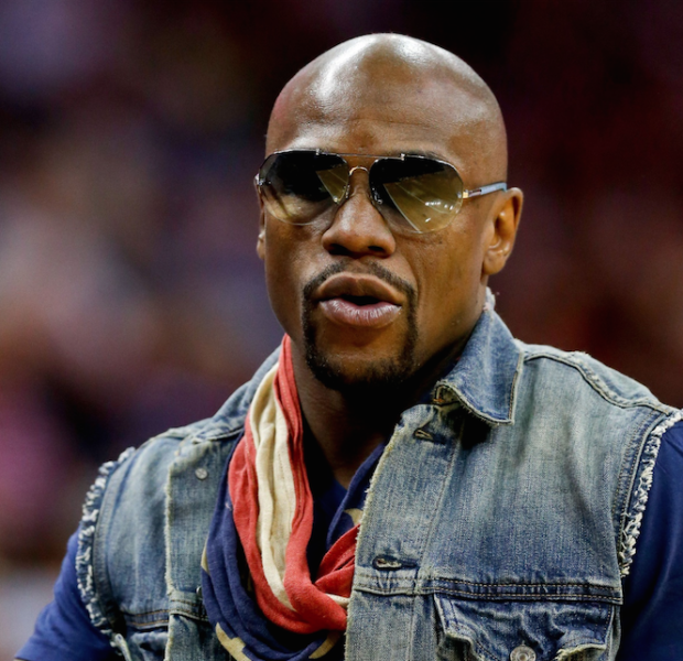 Floyd Mayweather Disagrees With NFL Banning Ray Rice