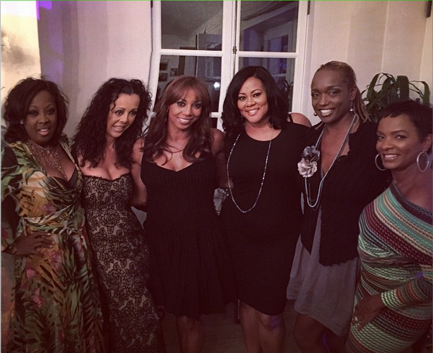 Holly Robinson Peete Celebrates 50th Birthday With Magic Johnson, En Vogue, Lisa Raye, Regina Hall, Kym Whitley