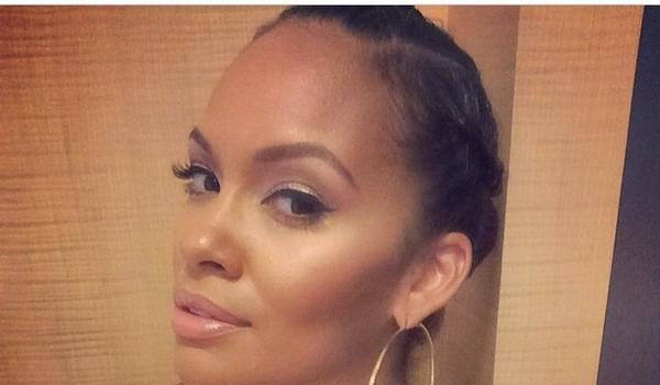 Evelyn Lozada PISSED At Ray Rice Video: Ladies love yourself enough to leave!