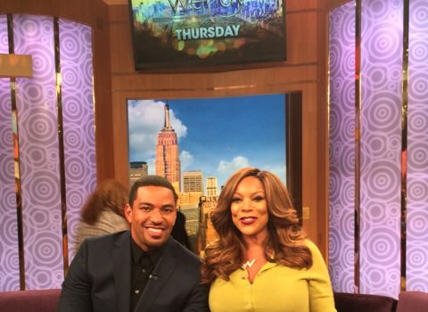 Laz Alonso Talks Drunk Tweeting, Weaves & Booties on the Wendy Williams Show