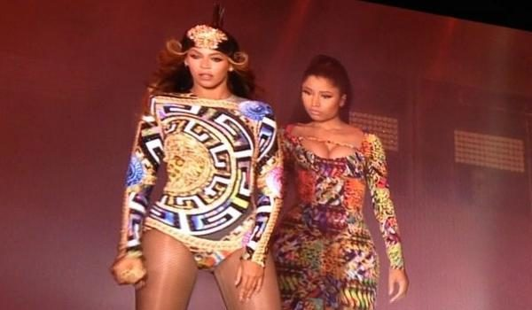 [WATCH] Surprise! Beyoncé Brings Nicki Minaj Out for 'Flawless' Remix in Paris