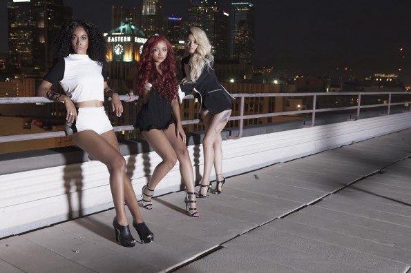 Charli and Daughters on Roof Glam Pose