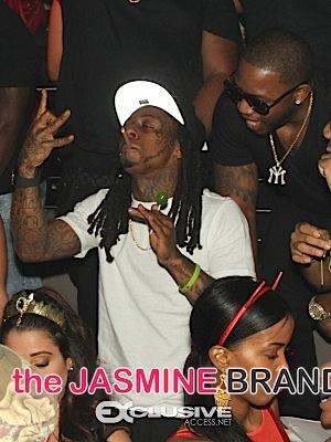 Lil Wayne Drake-Host-Story-129-of-224-300x400