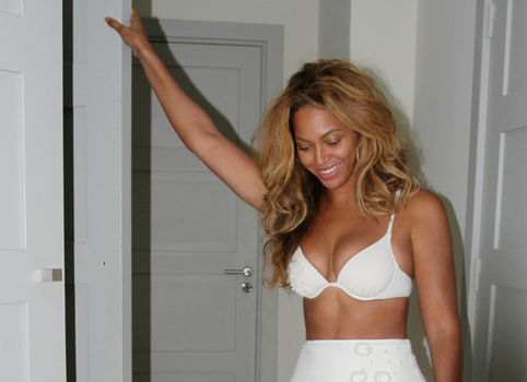 Look! Beyoncé Shares Undies & Intimate Jay Z Moments