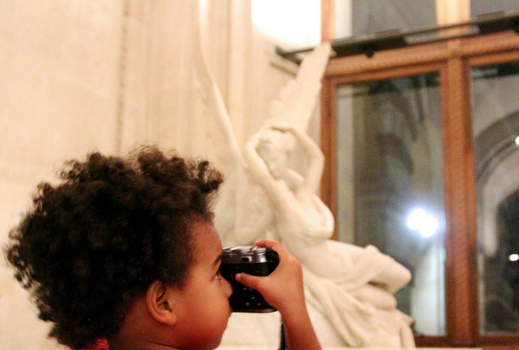 Blue Ivy Discovers Vents, Photography & Art At Louvre Museum