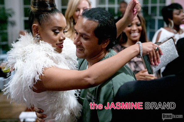 married 2 medicine-mariah huq-pregnant twins-the jasmine brand