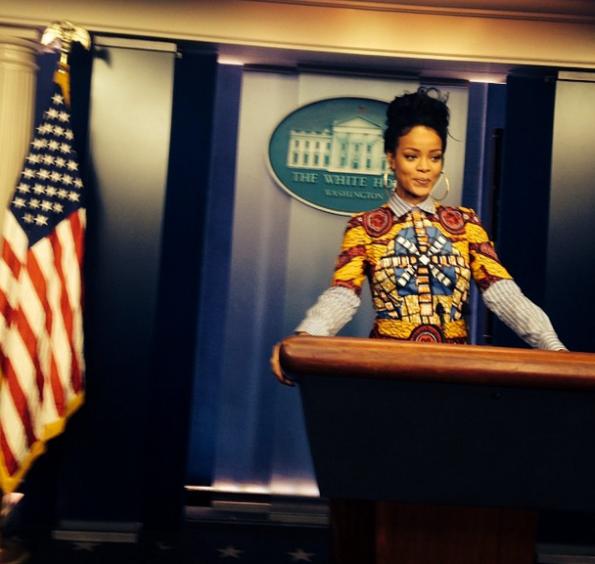 Rihanna visits the White House-the jasmine brand