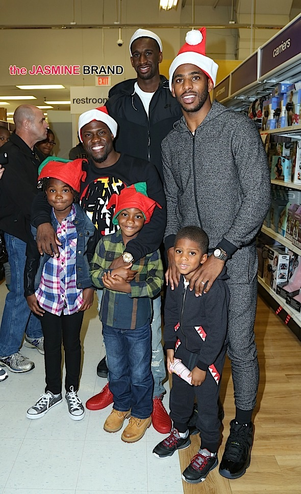 "Chris Paul, Kevin Hart and Ekpe Udoh pose with their kids at The CP3 Foundation's Chris Paul and Kevin Hart host 100 Children for Holiday Shopping Spree at Toys ""R"" Us"