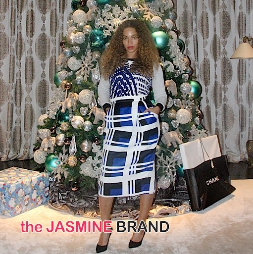 Beyonce Serves Stripes, Polka Dots & Christmas Trees [Photos]