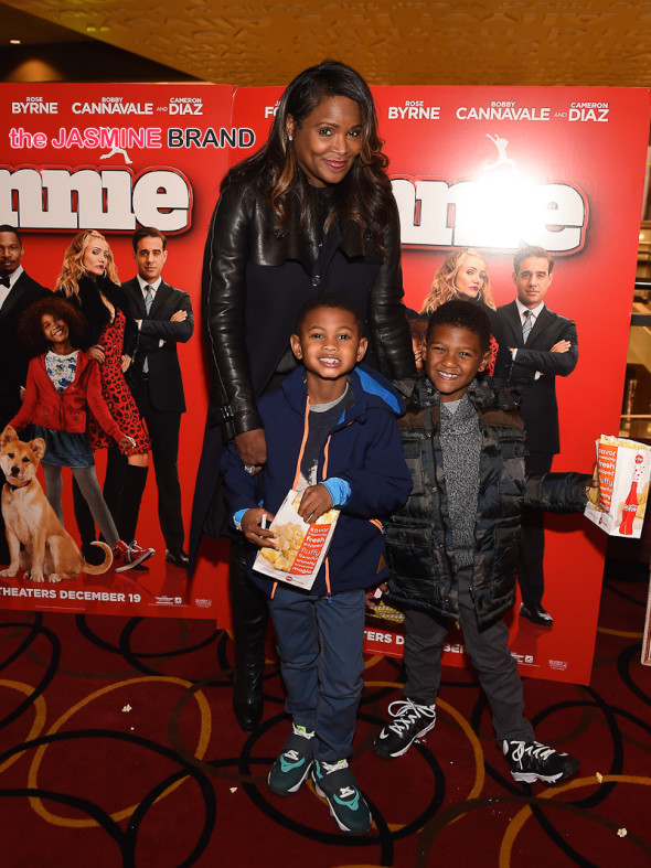 Tameka Raymond and Kids 2
