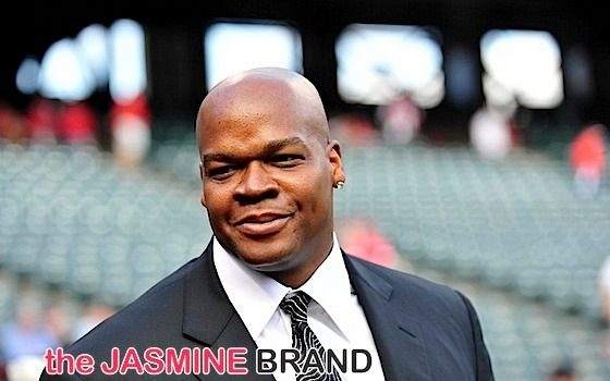 (EXCLUSIVE) Baseball Legend Frank Thomas Battles Reebok Over Sneaker Line