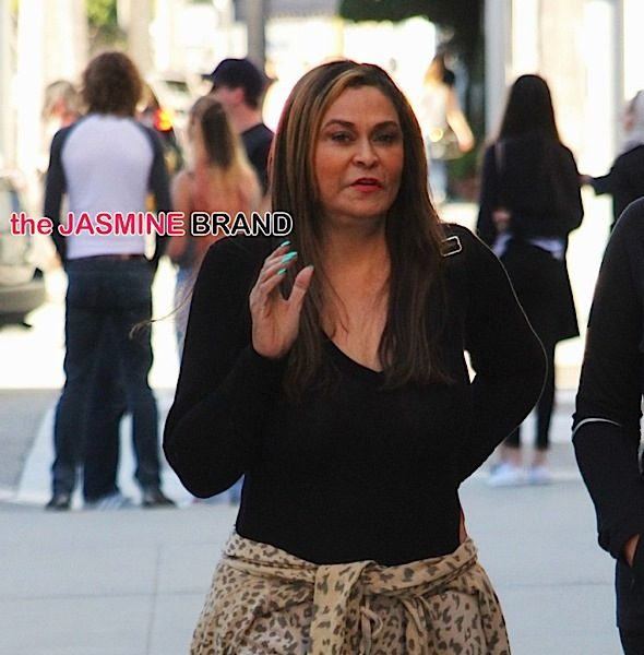 Tina Knowles Says Blue Ivy Is Off-Limits To Photogs, Peep The Awkward Confrontation [VIDEO]