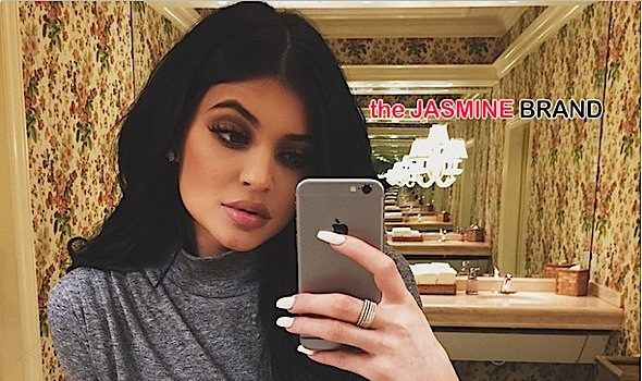 Kylie Jenner Fesses Up About Temporary Lip Fillers: It's an insecurity of mine. [Slight Werk]
