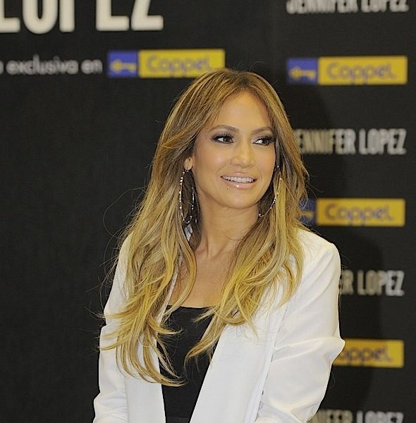 J.Lo To Donate $1 Million To Puerto Rico Hurricane Relief