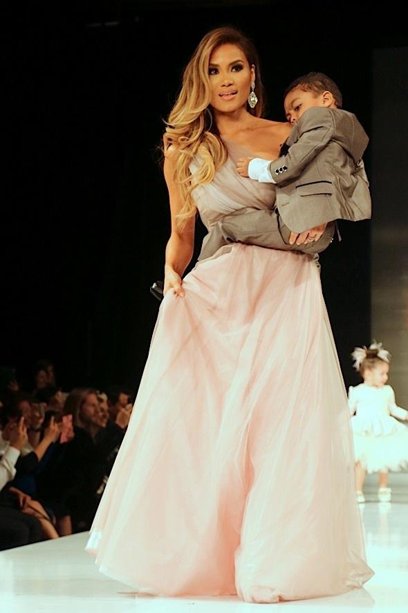 2015 Art Hearts Fashion: Isabella Couture