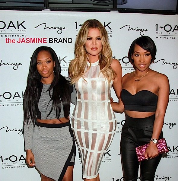 Khloe Kardashian Parties At 1OAK in Las Vegas With Cassie, Lauren London + Khadijah & Malika Haqq [Photos]
