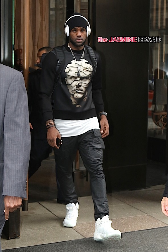 Lebron James spotted in New York City, ahead of the Cleveland Cavaliers loss to the Brooklyn Nets
