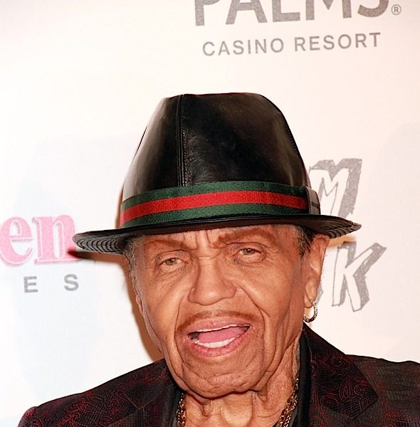 Joe Jackson In Final Stages of Terminal Cancer, Family Prevented From Seeing Him