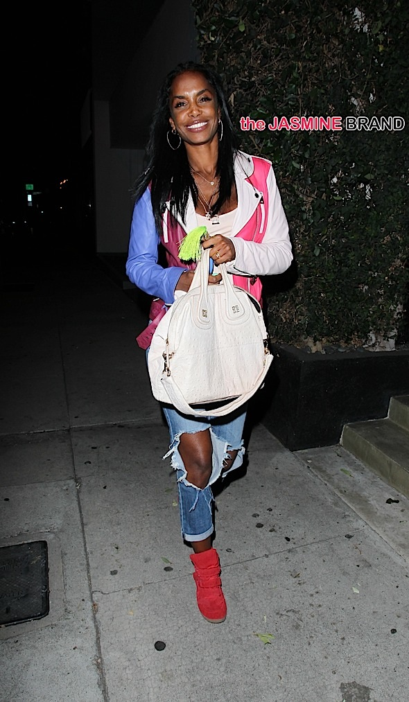 Kim Porter leaving Craig's Restaurant in West Hollywood