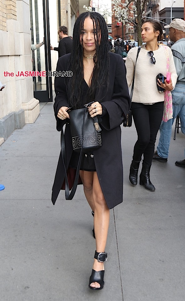 Zoe Kravitz arrives to the Apple Store this afternoon in SoHo to talk about new movie, 'Good Kill'