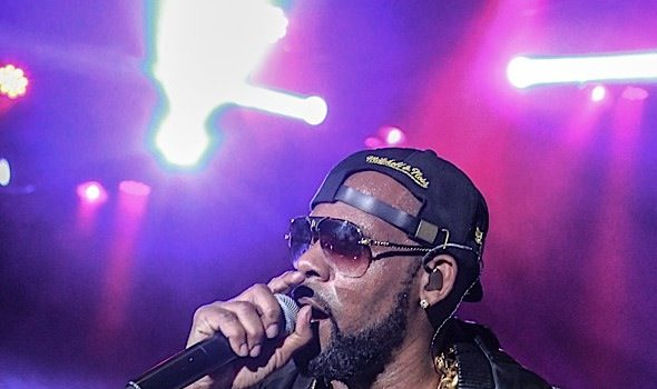 EXCLUSIVE: R. Kelly Drops $730k to Settle Massive Tax Debt