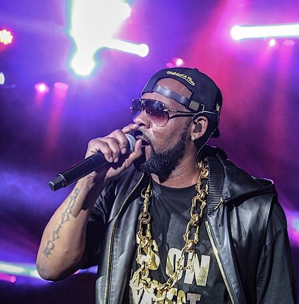 R. Kelly Announces Tour!