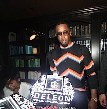 Diddy Hosts Welcome to Las Vegas Party: Victor Cruz, Fabolous, Bow Wow, Peter Thomas, Danny Garcia Attend [Photos]