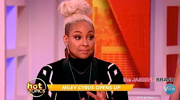 "Raven-Symoné Agrees With Miley Cyrus: ""We should not be labeled…"" [VIDEO]"