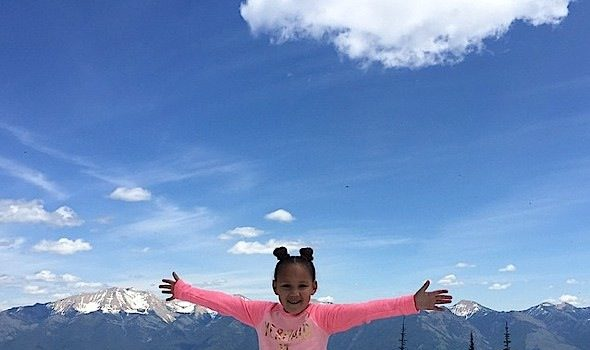 Daddy Daughter Time! Jamie Foxx & Daughter Annalise Vacay In Montana [Photos]