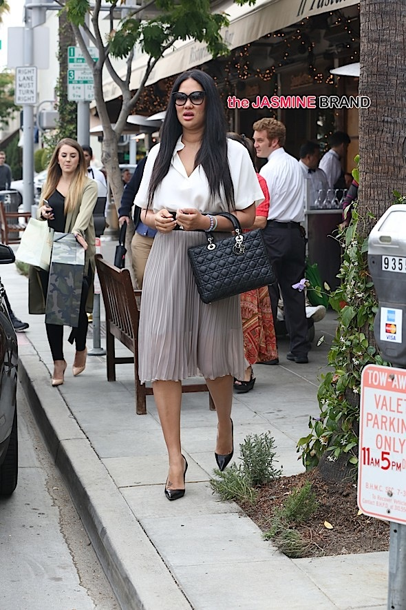 Kimora Lee Simmons seen with her daughters and friends in Beverly Hills