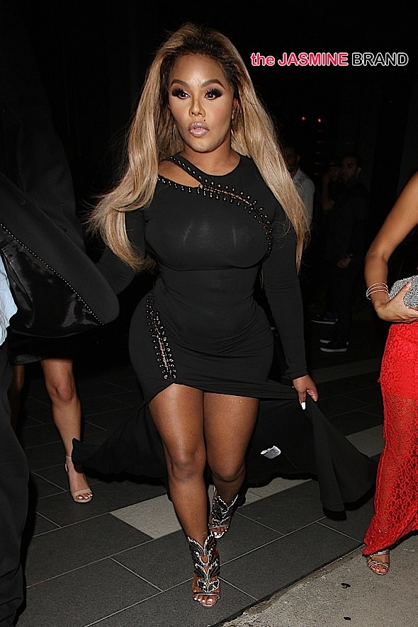 Lil Kim Goes to BOA Steakhouse with Friends